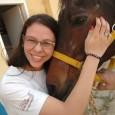 A Juliana fez Equoterapia durante 4 anos.Ela adora cavalos.     Como queria fazer aula de artesanato, interrompeu as aulas de Equoterapia; mas agora gostaria muito de […]